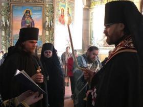 пострижение в мантию иеродьякона Феодосия (Кургузова) с наречением имени Давид - постригает епископ Фома (Мосолов) - Великий понедельник 22 апреля 2019 года
