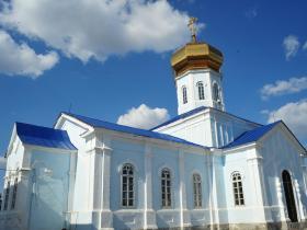 Южная сторона Вознесенского храма - лето 2013 год
